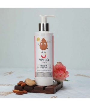 Daily-Moisturising-Lotion-for-Babies-with-Almond-Oil-&-Shea-Butter