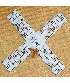 Pachisi---Ludo---Indian-ludo---chausar---Indian-board-game-(Crafted-in-raw-Silk)