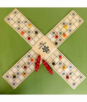 Raw-Silk---PACHISI-Board-Game-in-500-year-old-Cheriyal-Hand-Painted-Box,-rare-and-exclusive-(CCC)