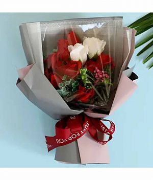 Red-&-White-Artificial-Flower-Bouquet